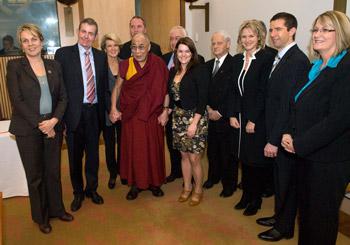 В Канберре Далай-лама встретился с политическими лидерами