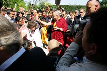 Его Святейшество Далай-лама прибыл в Тулузу