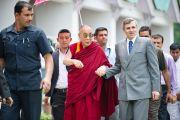 Его Святейшество Далай-лама и главный министр штата Джамму и Кашмир Омар Абудда в Шринагаре, Индия. 12 июня 2012 г. Фото: Тензин Чойджор (Офис ЕСДЛ)