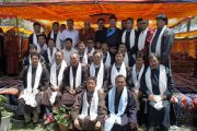 Его Святейшество Далай-лама с членами Автономного горного совета развития Ладака в Лехе. Штат Джамму и Кашмир, Индия. 3 августа 2012 г. Фото: Тензин Такла (офис ЕСДЛ)