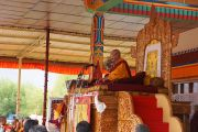 Его Святейшество Далай-лама открывает четырехдневные учения в Лехе, Ладак. Штат Джамму и Кашмир, Индия. 4 августа 2012 г. Фото: Джереми Рассел (офис ЕСДЛ)