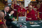 """Кристоф Кох """"Оюун ухаан ба Амьдрал"""" 26 дахь удаагийн уулзалтын дөрөв дэх өдрийн уулзалт дээр ухамсарын тухай илтгэл тавилаа. Энэтхэг, Мундгод, Брайбун хийд. 2013.1.20.Фото/Жереми Рассел/ДЛО"""