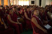 """Олон тооны лам хуврагууд """"Оюун ухаан ба амьдрал"""" 26 дахь уулзалтын эхний өдөр хүрэлцэн ирсэн байлаа. Энэтхэг, Мундгод, Брайбун хийд. 2013.1.17. Фото/Тэнзин Чойнжор/ДЛО"""