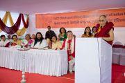 Его Святейшество Далай-лама выступает на торжественной церемонии открытия Тибетского павильона в музее истории Индии им. Шиваджи Махараджи в Пуне. Махараштра, Индия. 28 июля 2013 г. Фото: Тензин Чойджор (офис ЕСДЛ)