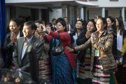 Мартин Лутер Христийн их сургуулийн хамт олон Дээрхийн Гэгээнтэн Далай Ламыг үдэв. Энэтхэг, Мегалая, Шиллонг, 2014.2.3. Зургийг Дэнзэн Чойжор (ДЛО)