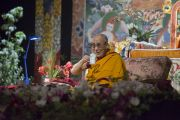 Его Святейшество Далай-лама во время второго дня учений. Рига, Латвия. 6 мая 2014 г. Фото: Тензин Чойджор (офис ЕСДЛ)