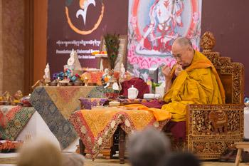 Далай-лама завершил учения в Дели, даровав благословение Белого Манджушри