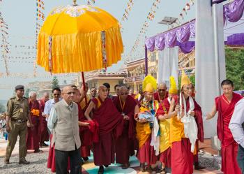 Далай-лама начал учения в тантрическом монастыре Гьюто