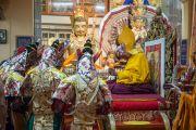 Церемония подношения пуджи долгой жизни Его Святейшеству Далай-ламе по случаю его 80-летия. Дхарамсала, Индия. 21 июня 2015 г. Фото: Тензин Чойджор (офис ЕСДЛ)