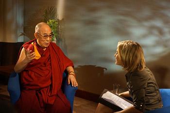 Далай-лама принял участие в торжественном открытии буддийского центра в Олдершоте
