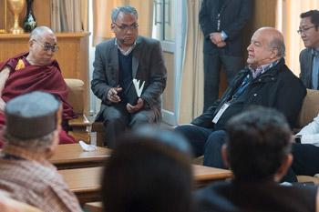 В Дхарамсале прошел второй день симпозиума «Изобилие без привязанности»