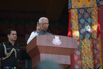 В Ташилунпо Далай-лама принял участие в торжественном открытии нового молитвенного  зала