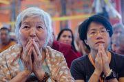 На торжественную церемонию освящения нового зала собраний в монастыре Ташилунпо собралось много давних друзей и сторонников Его Святейшества Далай-ламы. Билакуппе, штат Карнатака, Индия. 19 декабря 2015 г. Фото: Тензин Чойджор (офис ЕСДЛ)