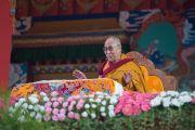 """Дээрхийн Гэгээнтэн Далай Лам """"Бодь Мөрийн Зэрэг"""" номын айлдварын хоёр дахь өдөр. Энэтхэг, Карнатака, Билакуппе, Дашлхүнбо хийд. 2015.12.21. Гэрэл зургийг Тэнзин Чойжор (ДЛО)"""