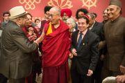 Член комиссии по делам национальных меньшинств Индии Дади Е. Мистри, Его Святейшество Далай-лама, раввин Айзек Малекар и член индийского парламента Каран Сингх. Дели, Индия. 4 января 2016 г. Фото: Тензин Чойджор (офис ЕСДЛ)