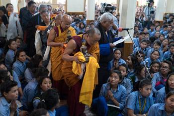 Заключительный день учений Далай-ламы по поэме Дромтонпы «Древо веры. Самопобуждение [к практике]»