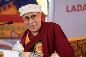 Ладакский горный совет по развитию устроил обед в честь Далай-ламы