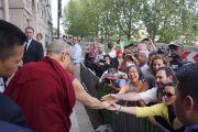 Дээрхийн Гэгээнтэн Далай Ламын Парис дахь айлчлалын эхний өдөр. Франц, Парис. 2016.09.13