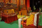 Его Святейшество Далай-лама проводит подготовительные церемонии для посвящения Авалокитешвары в спортивно-концертном комплексе «Зенит». Страсбург, Франция. 18 сентября 2016 г. Фото: Джереми Рассел (офис ЕСДЛ)