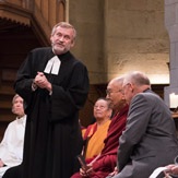 Энх тайвны төлөө олон шашны төлөөлөгчид залбирал үйлдэв