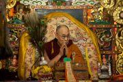 Дээрхийн Гэгээнтэн Далай Лам Гандантэгчэнлин хийдийн хуралд саатан буй нь. Монгол улс, Улаанбаатар хот. 2016.11.19. Гэрэл зургийг Тэнзин Такла (ДЛО)