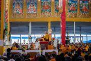Его Святейшество Далай-лама во время второго дня учений, предваряющих посвящение Калачакры. Бодхгая, штат Бихар, Индия. 6 января 2017 г. Фото: Тензин Чойджор (офис ЕСДЛ)