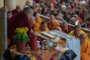 Его Святейшество Далай-лама дарует учения по текстам Джатак. Дхарамсала, Индия. 12 марта 2017 г. Фото: Тензин Чойджор (офис ЕСДЛ)