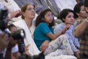 Слушатели во время встречи Его Святейшества Далай-ламы с сотрудниками газеты «Индийский курьер». Нью-Дели, Индия. 24 мая 2017 г. Фото: Тензин Чойджор (офис ЕСДЛ)