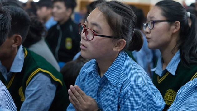О заключительном дне учений Его Святейшества Далай-ламы для тибетской молодежи