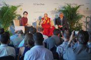 Дээрхийн Гэгээнтэн Далай Лам сэтгүүлч нартай уулзаж байгаа нь. АНУ, Калифорниа, Сан Диего. 2017.06.16. Гэрэл зургийг Жереми Рассел (ДЛО)