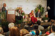 Дээрхийн Гэгээнтэн Далай Лам Сан Диего хотын энэтхэг иргэдтэй уулзаж байгаа нь. АНУ, Калифорниа, Сан Диего. 2017.06.18. Гэрэл зургийг Ерик Жепсен (СДКИС)
