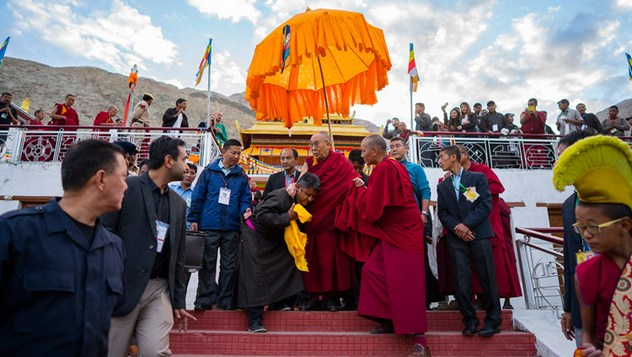 Далай-лама покинул Нубрскую долину и вернулся в Ле