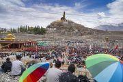 Вид на площадку учений Его Святейшества Далай-ламы у подножия горы, на которой расположен монастырь Дискет. Дискет, долина Нубра, штат Джамму и Кашмир, Индия. 12 июля 2017 г. Фото: Тензин Чойджор (офис ЕСДЛ)