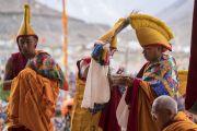 Мастера ритуального пения совершают подношения во время молебна о долгой жизни Его Святейшества Далай-ламы в монастыре Дискет. Дискет, долина Нубра, штат Джамму и Кашмир, Индия. 12 июля 2017 г. Фото: Тензин Чойджор (офис ЕСДЛ)