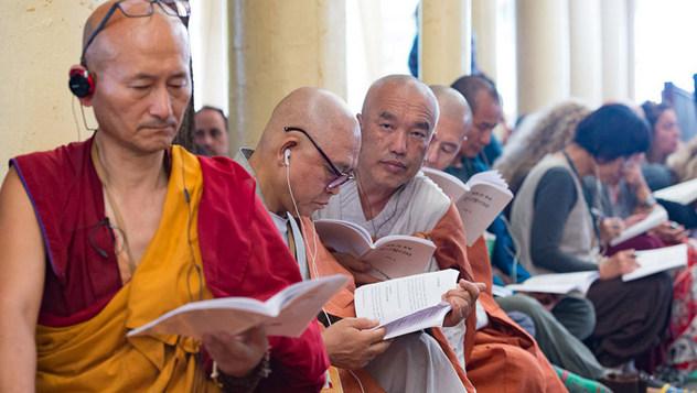 O третьем дне  учений по комментарию Буддапалиты для буддистов из Юго-Восточной Азии