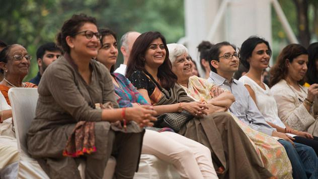 Сомайяа Видяавихарт хийсэн олон нийтийн уулзалт