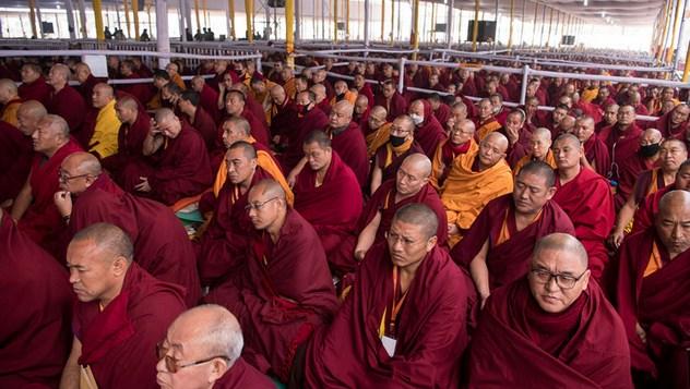 В Бодхгае Далай-лама даровал подготовительное посвящение Ямантаки 13-ти божеств