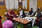 Дээрхийн Гэгээнтэн Далай Лам Химачал Прадеш (ХП) мужийн ерөнхий сайд Жай Рам Такурыг хүлээн авч уулзлаа