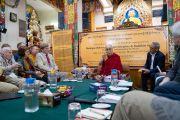Его Святейшество Далай-лама выступает со вступительным словом в начале диалога между российскими учеными и буддийскими учеными-философами. Дхарамсала, Индия. 3 мая 2018 г. Фото: Тензин Чойджор.