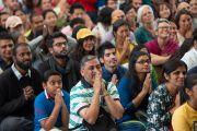 Дээрхийн Гэгээнтэн Далай Лам гадаадын олон жуулчидтай уулзлаа