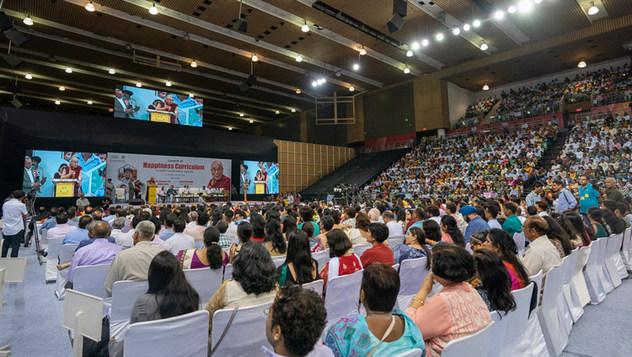 Его Святейшество Далай-лама принял участие запуске программы «Счастье» для школ Дели