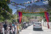 Кортеж Его Святейшества Далай-ламы прибывает в монастырь Дискет. Долина Нубра, штат Джамму и Кашмир, Индия. 12 июля 2018 г. Фото: Тензин Чойджор.